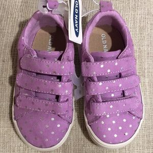 NWT Toddler Sneakers Purple. Size 6!